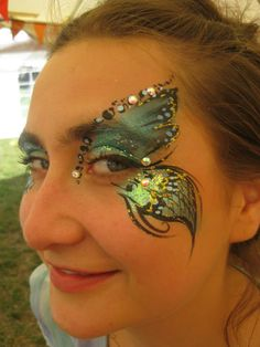 NamNam's Face Painting - butterfly face paint