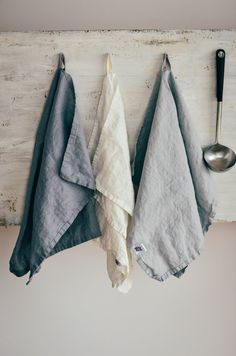 Linen towels FREE SHIPPING. Set of 3 washed door notPERFECTLINEN