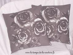 housse coussin blanc gris rose romantique tendance fait main