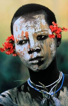 Natural Fashion, Tribal Decoration from the Omo Valley, Ethiopia, Hans Silvester Cara Tribal, Tribal Face, African Tribes, African Art, African Fabric, African Women, We Are The World, People Around The World, Fotojournalismus