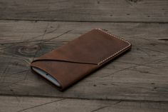 GRAMS28 / iPhone 6 6Plus leather sleeve case with card holder, hand stitched - Brown