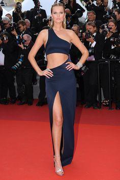 Cannes 2017: la alfombra roja al completo   http://stylelovely.com/galeria/cannes-2017-toda-la-alfombra-roja/