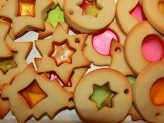 Galletas de cristal Jello Cookies, Cake Cookies, Cupcakes, Christmas Treats, Christmas Holidays, Stained Glass Cookies, Funny Cups, Xmas Food, Christmas Sewing