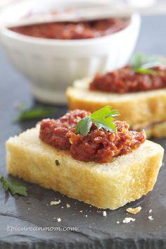 Epicurean Mom: Sun Dried Tomato and Balsamic Tapenade