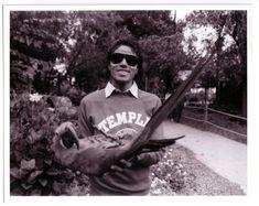Mike And His Hyacinth Macaw - michael-jackson Photo