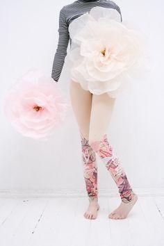 Delicate pink leggings. $50.00