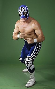 """CMLL Luchador Atlantis was born on September 1962 in Los Altos, Jalisco, was trained by """"Diablo"""" Velazco and made his debut on June Atlantis, Luchador Mask, Mexican Mask, Mexican Wrestler, Catch, Mexico Culture, Masked Man, Shirtless Men, Mexican Style"""