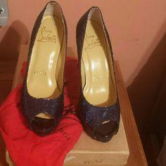 I just added this to my closet on Poshmark: Navy blue glitter Louboutin peep toe pumpNWT. Price: $139 Size: 5 Glitter Shoes, Blue Glitter, Blue Wedding Shoes, Red Bottoms, Peep Toe Pumps, Blue Shoes, Christian Louboutin, Navy Blue, Flats