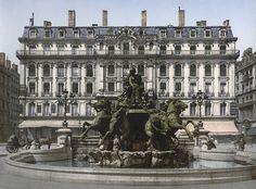 Fontaine Bartholdi sur la place des Terreaux à Lyon