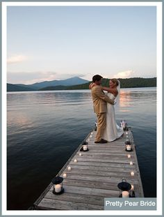 {Things I Love Thursday} Boat Dock Weddings || Pretty Pear Bride