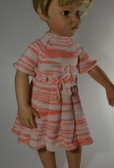 Puppenkleid+gestrickt++für+48+cm+Puppe+von+MonikasPuppenmode+auf+DaWanda.com