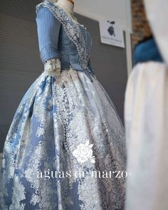 Historical Clothing, Ball Gowns, Costumes, Formal Dresses, Regional, Wedding, Inspiration, Clothes, Period