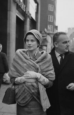 Grace Kelly and her Birkin.