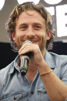 Dean O'Gorman- Oh stop it! with that cheeky smile!