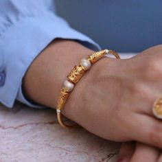 Play with Tones Gold Bangles Design, Gold Jewellery Design, Beaded Jewellery, Silver Jewellery, Fashion Jewelry, Women Jewelry, Women's Fashion, Hand Jewelry, India Jewelry