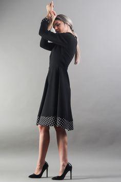 Elegant Dresses, Everyday Fashion, Street Wear, High Neck Dress, City, Turtleneck Dress, Stylish Dresses, Dress Up Clothes, Streetwear