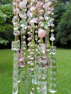 Blush color rosa antiguo cristal viento Chime rosa de cristal Glass Garden Art, Glass Art, Crystal Wind Chimes, Good Day Sunshine, Outdoor Christmas Decorations, Metal Crafts, Pink And Green, Blush Pink, Antique