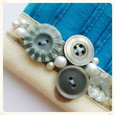 Vintage Button Coin Purse in Blue by nataliefarrell on Etsy