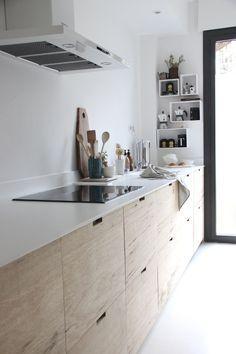 Feel inspired by those amazing Scandinavian kitchen designs. #scandinaviankitchens #scandinavianstyle #modernlighting #contemporarylighting  #modernhomedecor #interiordesignideas #interiordesignproject #homedesignideas #midcenturystyle #moderndesign #moderndesign #tablelamp #desklamp #uniquelamps #contemporarydesing