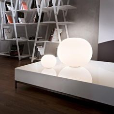 Opal glass table lamp with dimmer GLO-BALL BASIC ZERO By FLOS design Jasper Morrison