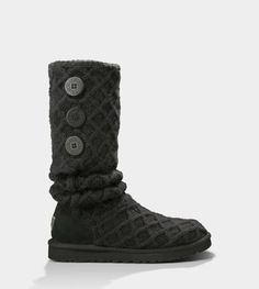 black lattice button boots...i know, i know, they're uggs, but i need some comfy campus boots :)