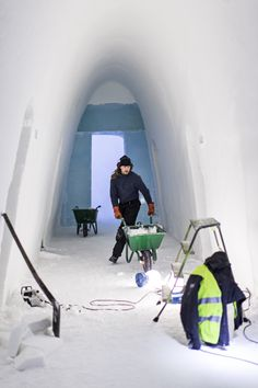 Building ICEHOTEL #23 Photo by Paulina Holmgren