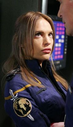 "Jolene Blalock as T'pol in the Mirror Universe seen in the season 4 two part epi. - Jolene Blalock as T'pol in the Mirror Universe seen in the season 4 two part episode, ""In a Mir - Star Trek Enterprise, Star Trek Voyager, Starship Enterprise, Star Trek Tv Series, Star Trek 1, Star Trek Ships, Star Trek Cosplay, Aliens, Jolene Blalock"