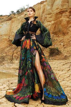 High Fashion, Fashion Show, Fashion Outfits, Fashion Design, Designer Gowns, Mode Style, Beautiful Gowns, Colorful Fashion, Fashion Sketches