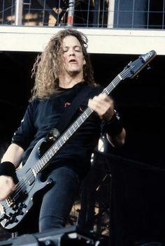 Guitar Hero Cliff Burton, Robert Trujillo, James Hetfield, Jason Newsted Metallica, Music Is Life, My Music, Legend Music, Heavy Metal Bands, Thrash Metal
