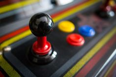 15 retro games for iPhone and Android to relive the golden age of arcade - anGadgets : Product, Gadget & High-tech Discovery Platform King Of Fighters, Pac Man, Mega Man, Quad, Sonic The Hedgehog, Bartop Arcade, Skee Ball, Classic Video Games, Android