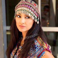 #afghan #style #dress #jewelry  #happy #eid Muslim Fashion, Ethnic Fashion, Afghani Clothes, Bridal Mehndi Dresses, Wedding Dresses, Phulkari Embroidery, Navratri Dress, Afghan Wedding, Afghan Girl