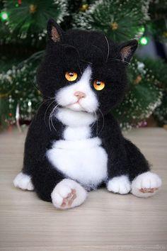 Needle Felted Animals, Felt Animals, Cute Baby Animals, Hedgehog Craft, Needle Felting Tutorials, Felt Cat, Cat Doll, Cat Crafts, Felt Toys