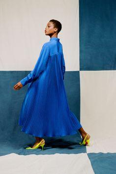 Коллекции | Ready-To-Wear | Весна-лето 2021 | VOGUE Vogue Fashion, Fashion Beauty, Fashion Show, Fashion Design, Fashion Music, Vogue Paris, Party Suits, Models, Fashion Images