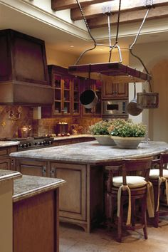 Lovely kitchen in this Candelaria Design ~ MRA Home in Paradise Valley! www.candelariadesign.com