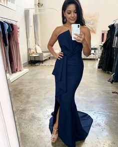 Shop the Stellina Gown by Samantha Rose at White Runway! A stunning full length gown featuring a strapless style bodice with bodice and waist detailing. Peach Prom Dresses, Plus Size Prom Dresses, Mermaid Prom Dresses, Formal Dresses, Navy Bridesmaids, Navy Blue Bridesmaid Dresses, Dresser, Ruffles, White Runway