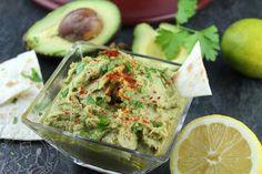 Hummus de aguacate con toque picantón