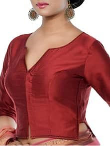 Stylish saree blouse designs prominent the looks of the wearer. For a classy and sophisticated look, try these blouse designs for wedding season. Kurta Designs, Designer Blouse Patterns, Fancy Blouse Designs, Saree Blouse Neck Designs, Stylish Blouse Design, Batik, Bollywood, Chiffon, Red Blouses