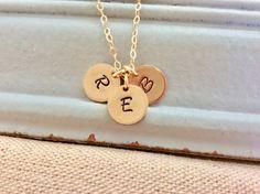 Inicial collar personalizado disco delicado collar • monograma collar delicado pequeños discos • rosa collar de oro inicial • superventas