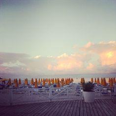 Spiaggia di Mondello a Settembre - http://www.vacanzesiciliane.net/palermo-spiaggia-mondello/