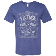 Vintage Aged To Perfection 1962 - 56th Birthday Gift T-shirt
