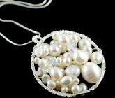 Freshwater pearl cluster pendant