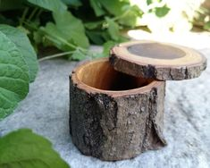 Items similar to Wooden ring box - Engagement ring box - Rustic wedding - Jewelry storage - Gift for her - One of a kind - Acacia - Eco-friendly on Etsy Modern Wood Furniture, Diy Pallet Furniture, Wooden Ring Box, Wooden Rings, Rustic Wedding Jewelry, Wood Burning Art, Wood Boxes, Jewellery Storage, Barn Wood