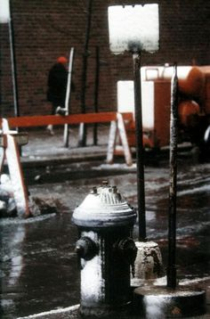 Saul Leiter - Fire Hydrant, 1957