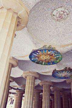 Gaudi's Parc Guell in Barcelona    Трансфер из Барселоны в Аэропорт  и  Предлагаем услуги экскурсии  трансфер, отдых, #travel