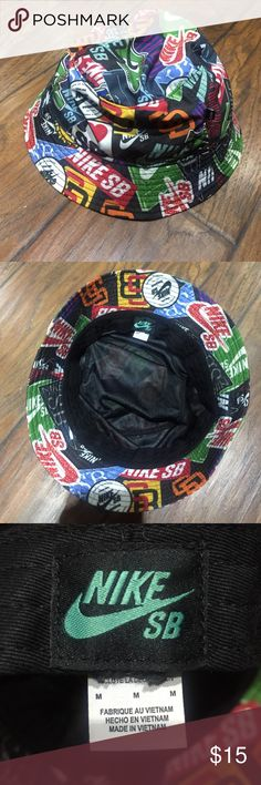 Nike SB bucket hat Nike sb bucket hat on in a size Medium. Still in excellent condition. Nike Accessories Hats