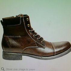 Steve Madden Men's Brady Ankle Boot, NEW! These are new, never worn and still in the box. They were a Christmas gift that I purchased for my son and they do not fit him. I can't return them due to being over 30 days...please make an offer!! Steve Madden Shoes Lace Up Boots