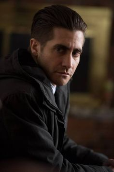 Honoured with the Hollywood Supporting Actor Award at this year's Hollywood Film Awards, see JakeGyllenhaal in Prisoners! #film