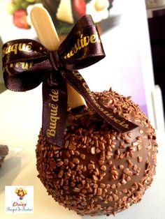 Maça ao chocolate e Cobertura Belga