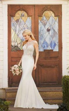 875 Elegant Vintage Wedding Gown by Martina Liana