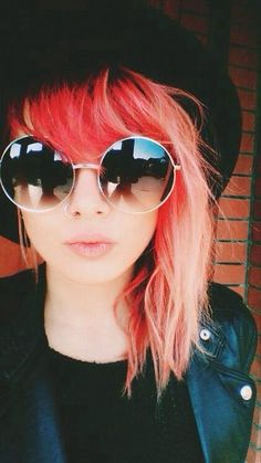 Maybe just the tips of my hair. Hot pink. Hot sunnies. ;)